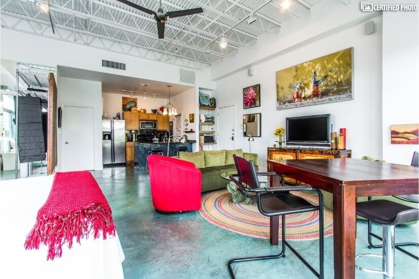 All the comforts of Home. Fully Furnished Studio in East Austin   Furnished Condo for Rent