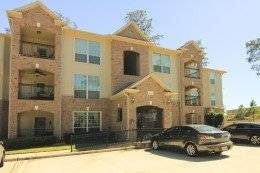 The Woodlands / Spring Condo 2x2