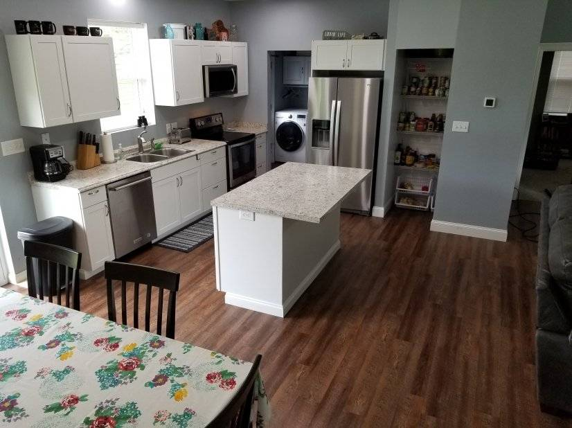 image 3 furnished 2 bedroom House for rent in Madison County, Capital - River