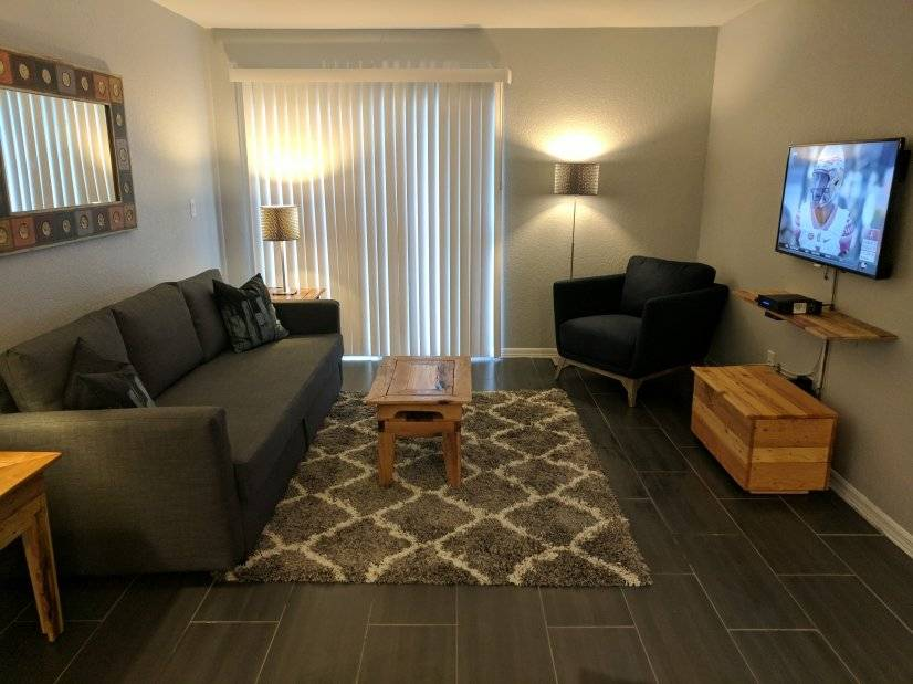 Cozy and comfortable furnished corporate rental St. Pete.