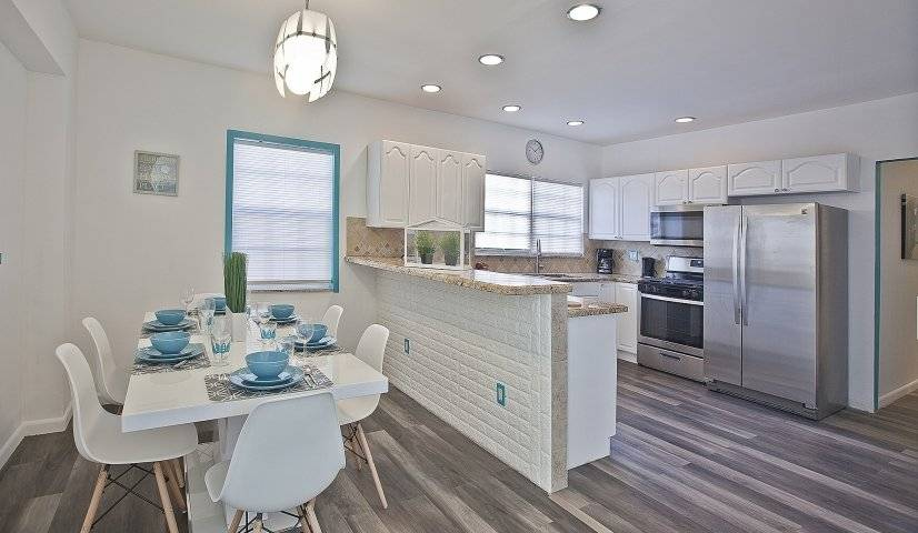 $4200 3 Hollywood, Ft Lauderdale Area
