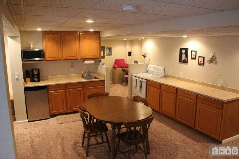 image 1 furnished Studio bedroom Apartment for rent in Belleville, St Clair County