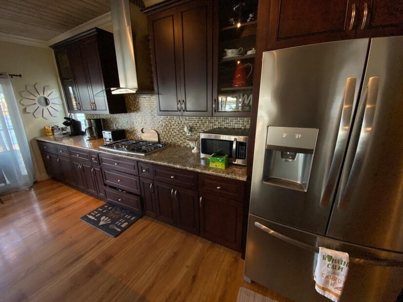 Upstairs great room with kitchen, and 180  DEGREE VIEWS