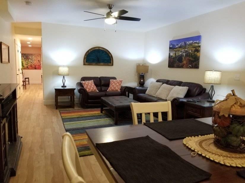 Livingroom - Hall