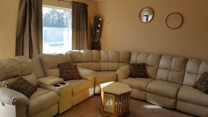 Spacious beautiful 3 bdrm furnished Apt