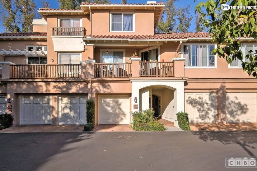 image 1 furnished 2 bedroom Townhouse for rent in Tustin, Orange County