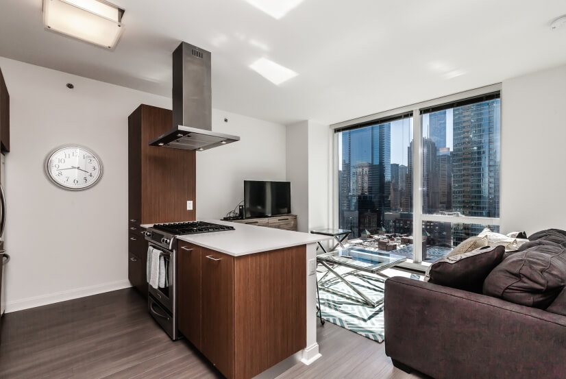 $2300 0 Near North Downtown, Chicago