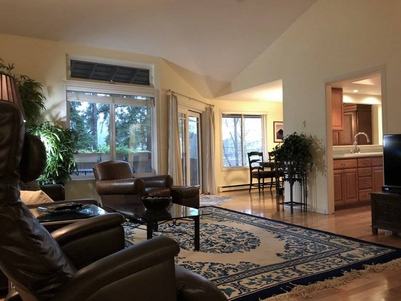 Furnished Condo minutes to Seattle