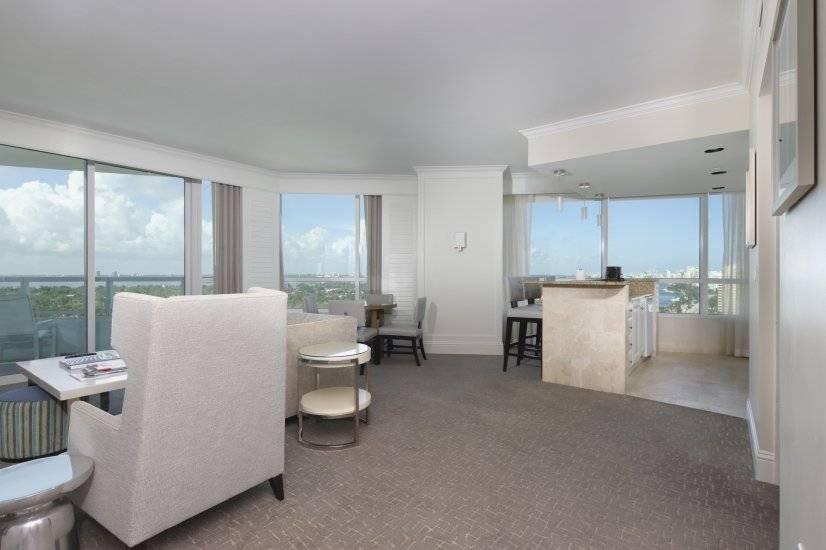 $7500 1 Miami Beach, Miami Area