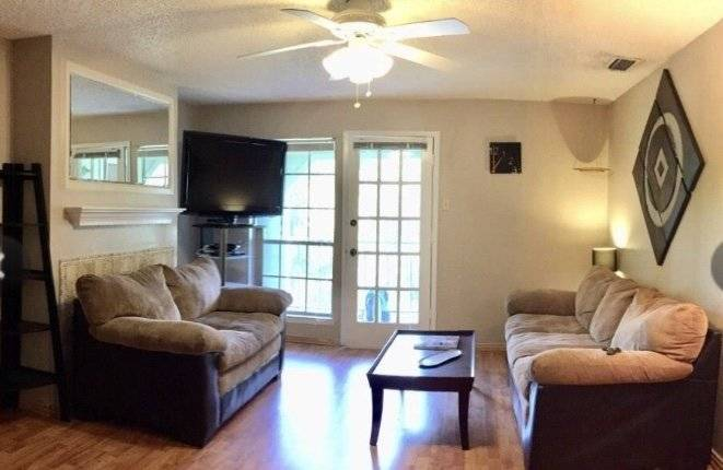 $1700 2 Addison Dallas County, Dallas-Ft Worth