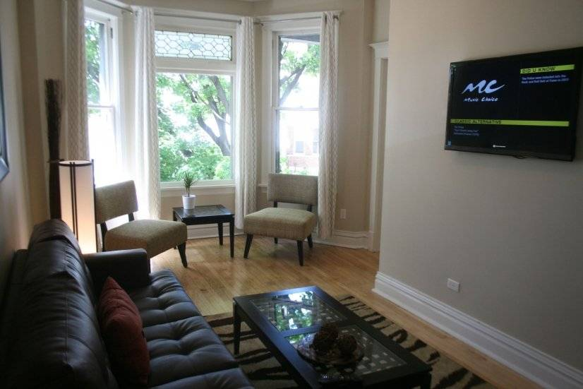 Roscoe Village 3bd/2ba Fireplace Cozy