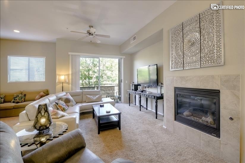 Pool, Hot Tub & Workout Room Available to renters