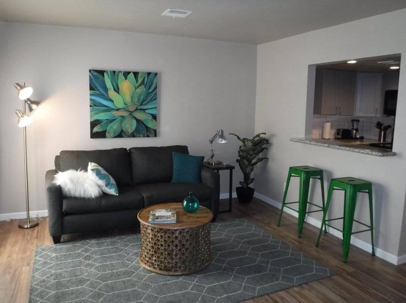 $1175 1 Phoenix Central, Phoenix Area