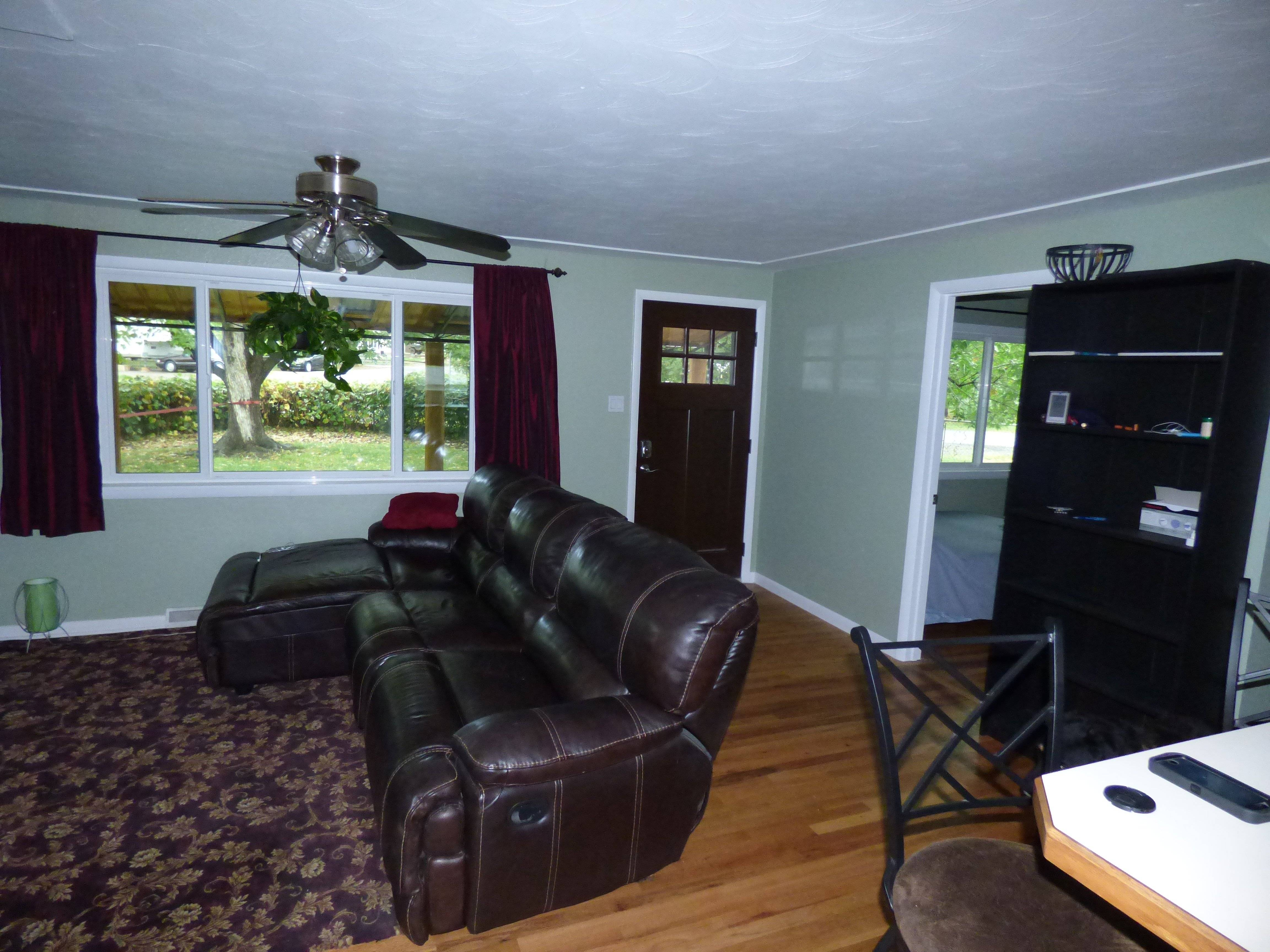 image 1 furnished 3 bedroom Townhouse for rent in Lakewood, Jefferson County