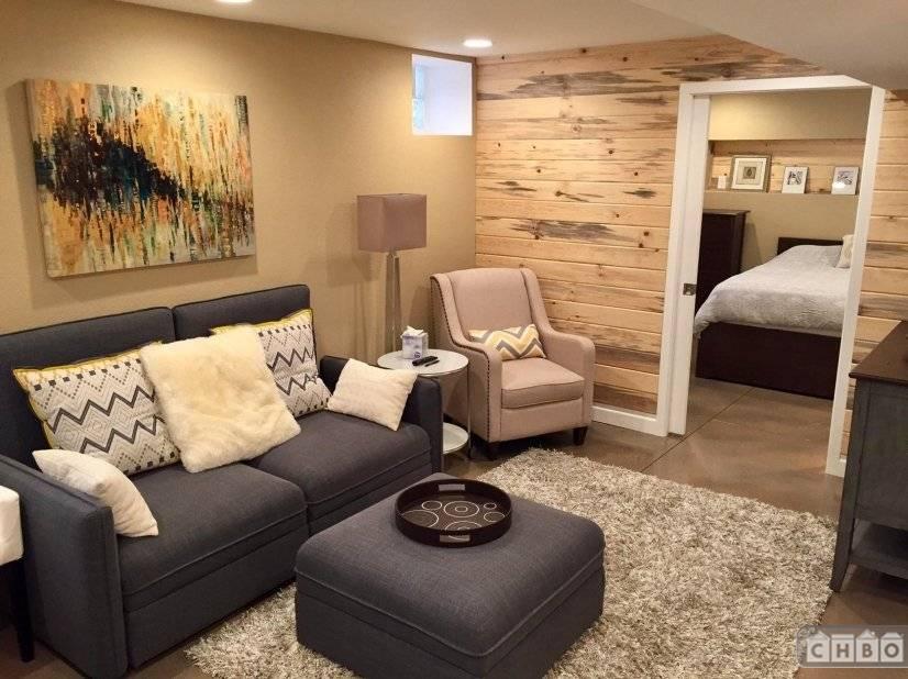 Living room looking into bedroom.