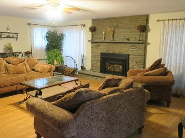 Furnished Carriage House For Rent