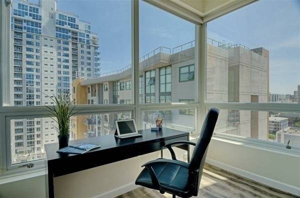 San Diego Downtown High Rise Luxury unit