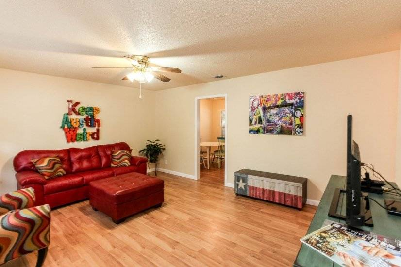 $2100 2 Tarrytown Central Austin, Austin