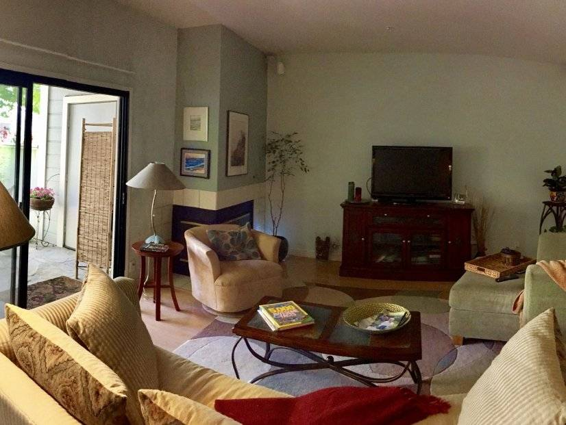 Furnished condo In Santa Cruz area