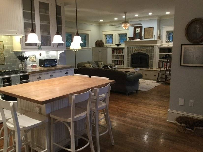 Open plan kitchen / family room / dining room