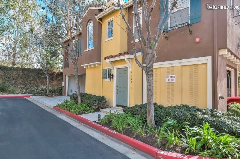 image 1 furnished 1 bedroom Townhouse for rent in Irvine, Orange County