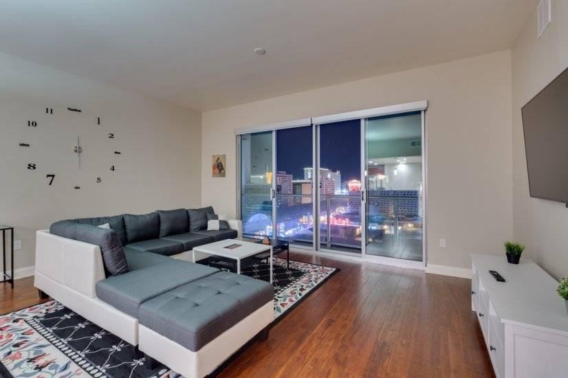 $3900 2 Las Vegas, Las Vegas Area