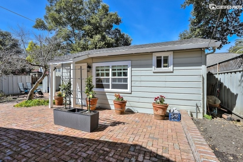 Fully Furnished rental home Palo Alto CA