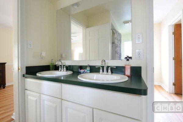 image 10 furnished 4 bedroom House for rent in Oak Park, Detroit Area