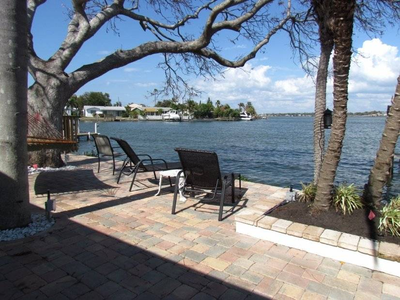 Ultimate Vacation Rental  with Boat Dock