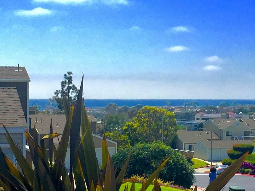 Rare, furnished, long-term, ocean-view, condo-grade rental.