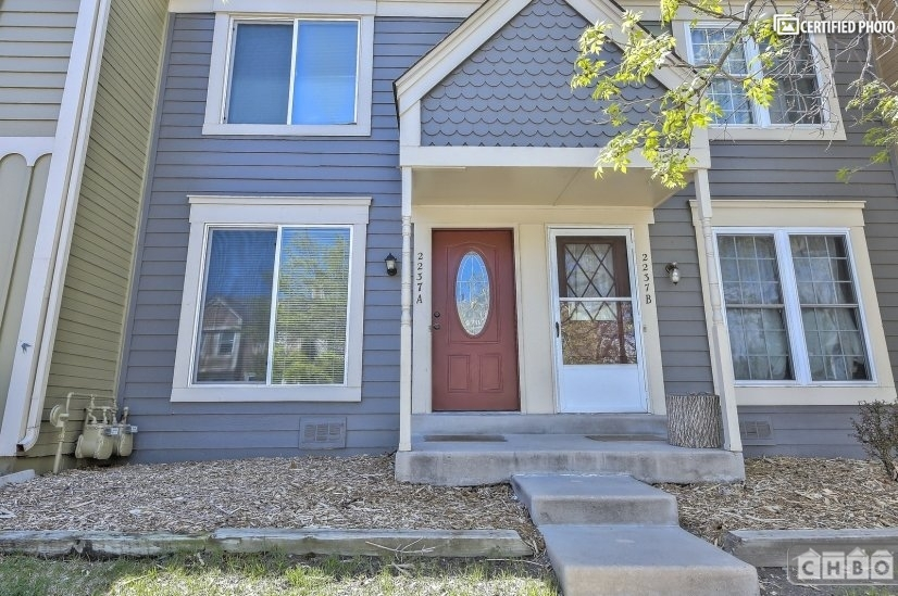 $2450 2 Sterling Hills Aurora, Denver Area
