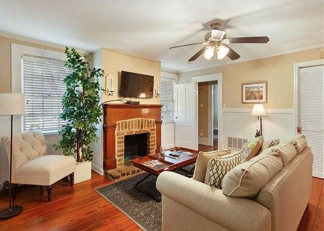 $2664 1 Chatham Savannah, Colonial Coast