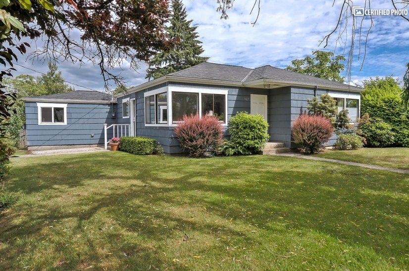 $4600 2 Kirkland, Seattle Area