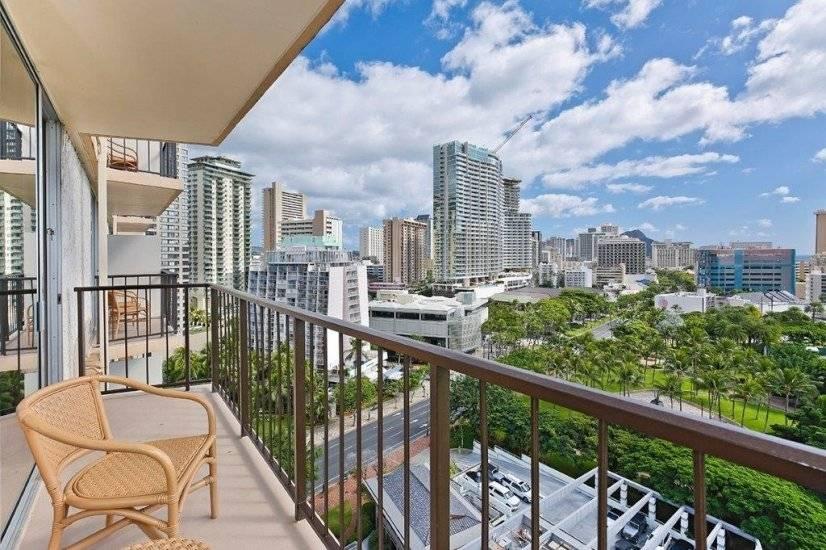 $3000 1 Waikiki, Oahu