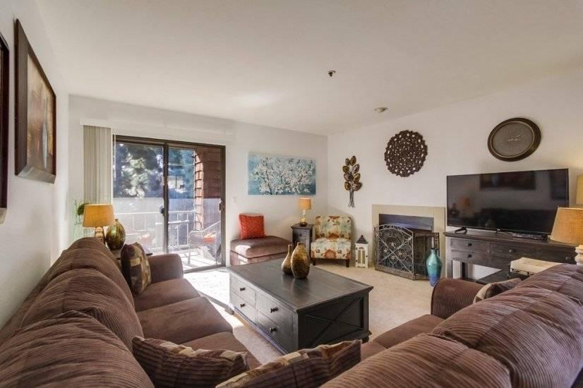 image 4 furnished 2 bedroom Townhouse for rent in Morena, Western San Diego