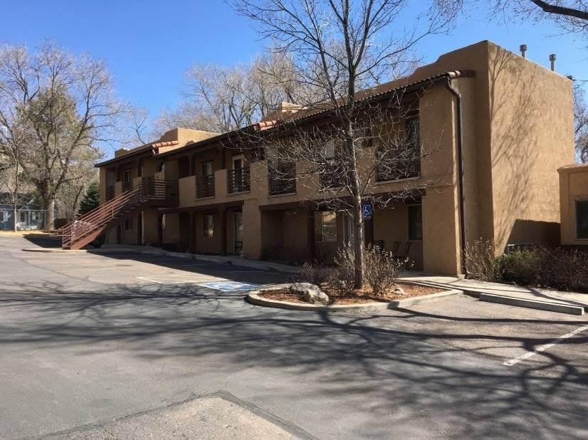 $1500 1 Divine Redeemer Colorado Springs, South Central Colorado