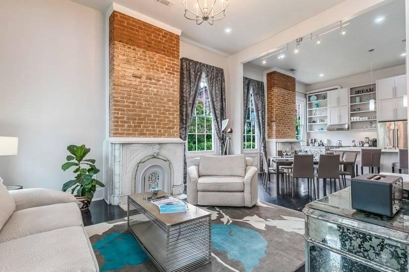 $8000 2 Garden District, New Orleans Area
