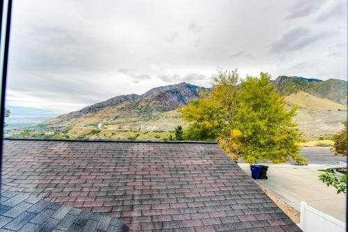 image 14 furnished 2 bedroom Townhouse for rent in Cottonwood Heights, Salt Lake County