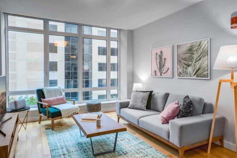 Furnished, Modern Back Bay 1BR w/ Gym