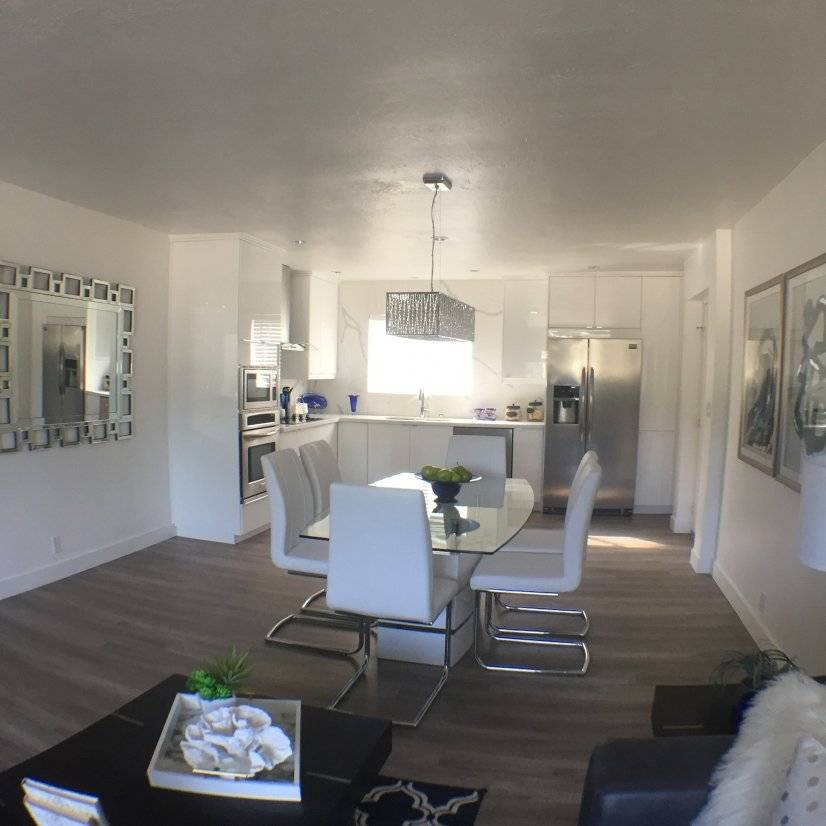 Remodeled Condo Heart Of Scottsdale