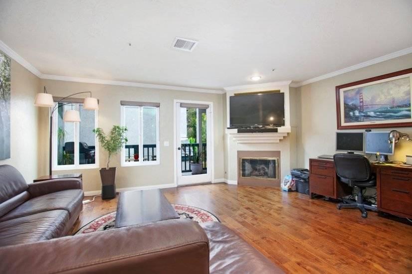 $2995 2 Hillcrest Western San Diego, San Diego