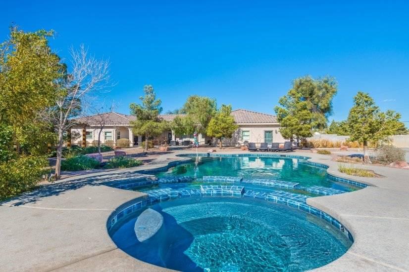 $9999 5 Paradise, Las Vegas Area