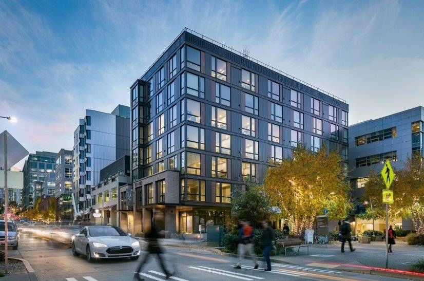 Fox & Finch In The Heart Of South Lake Union