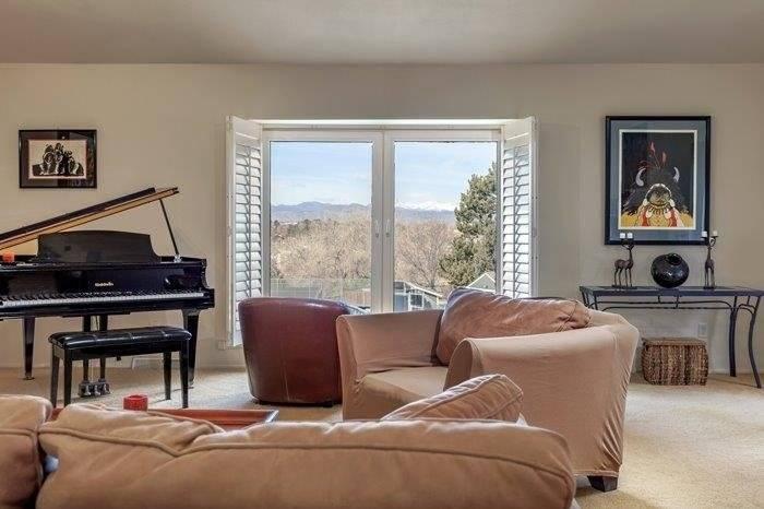 Living room w piano, views
