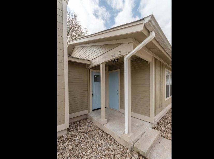 S. Central ATX 2 Bed w/ Fenced Yard