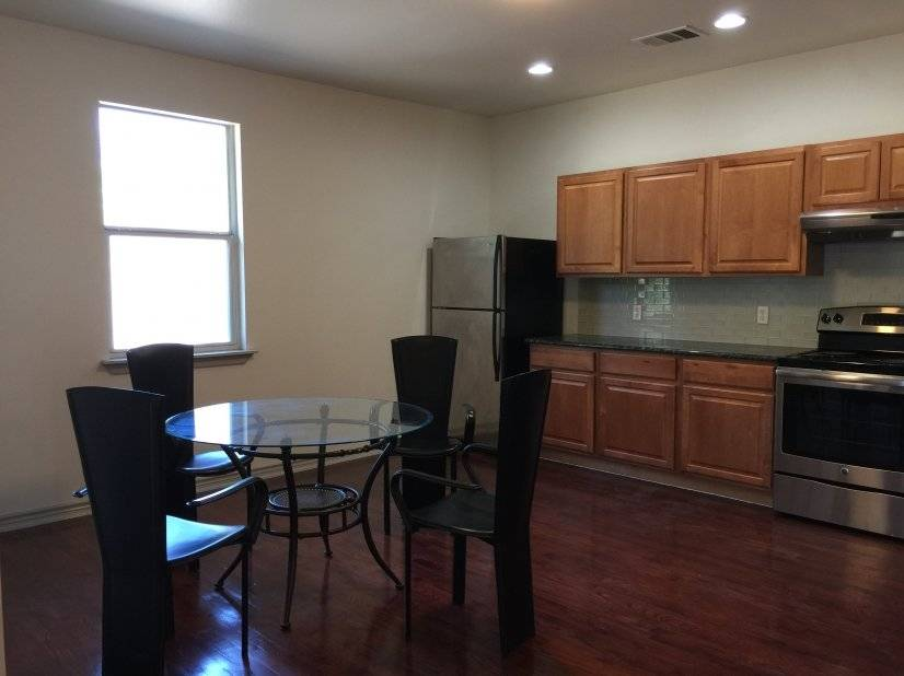 Newly Remolded Condo Near Downtown