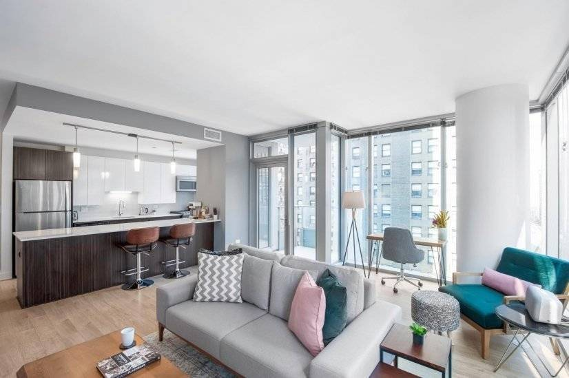 Fully Furnished, Modern 1BR in The Loop