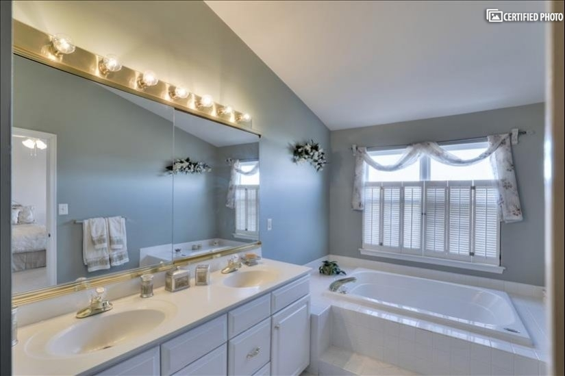 image 15 furnished 3 bedroom House for rent in Ashburn, DC Metro