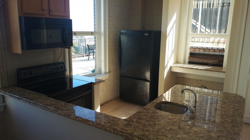 image 14 furnished 1 bedroom Townhouse for rent in Five Points, Fulton County