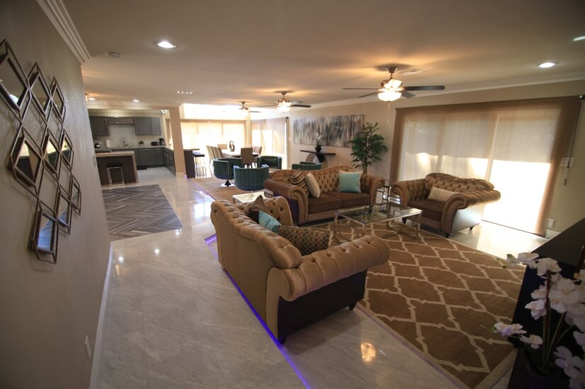 main house living room 2